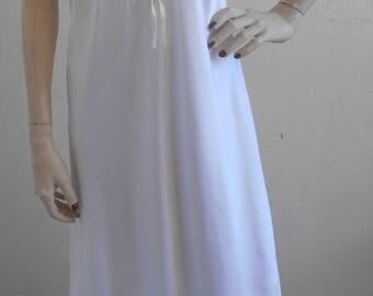 Vintage Nightgown Negligee White Satin Wedding Bridal by Sara Beth