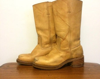 Vintage FRYE Distressed Campus Boots Size 7 / Tan Camel Leather Western Cowboy Boots / Square Toe Boots