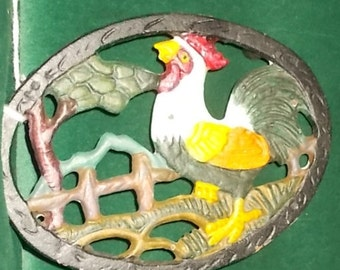 Rooster Trivet Cast Iron Rooster In Barnyard Trivet Rubber Tipped Footed Trivet Retro Farmhouse Kitchen Functional Decor