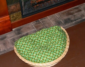 Dog bed, fireplace bed, mini pet bed, basket bed