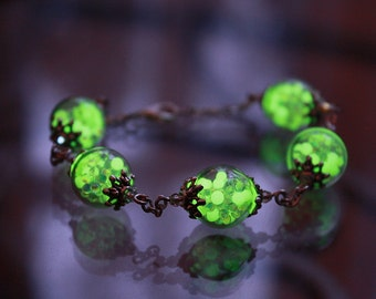 New Bracelet GLOW in the DARK with tiny iridescent balls
