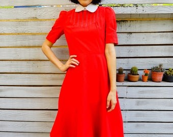Vintage Dress/ 1980s Dress/ Vintage Japanese Dress/ Vintage Womens Dress/ Red Dress/ 80s Dress/ Retro Clothing/ Rockabilly/ Peter pan collar