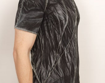 Cyber punk organic cotton mens t shirt with distressed pattern