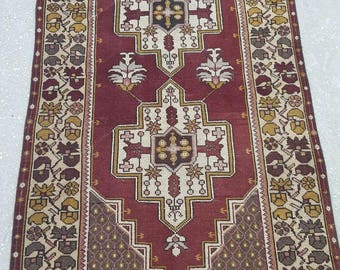 Vintage Oushak Rug / 4 by 7 / Rustic / Double Medallion / Burgundy-Brown / Low Pile / Boho Rug - 83 in x 42 in