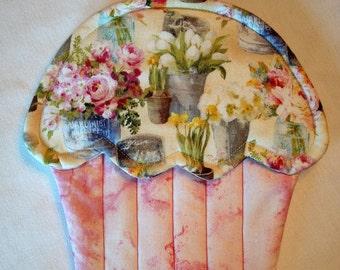 French Market Print Cupcake Shape Potholder