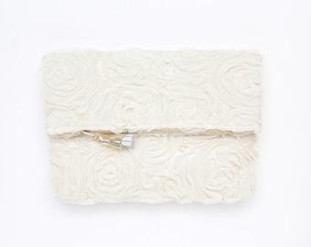 Rose tulle clutch bag. Fold over clutch. Wedding bag. Bridesmaid gift. Bridal purse. Romantic bag. Textured fabric. White handbag. /BRIDAL 5