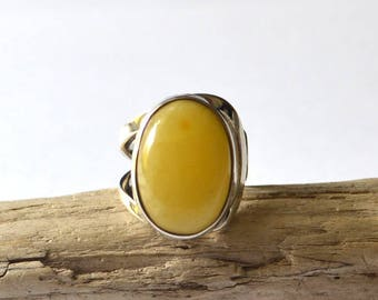 Baltic Amber Ring / silver ring with amber stone / adjustable Baltic Amber Ring / Amber Jewelry