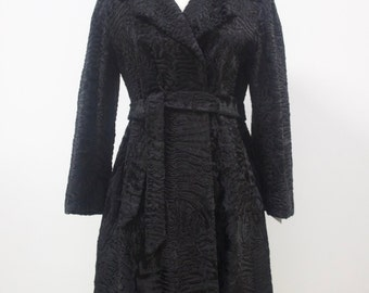 Vintage 1960s Rare Stylish And Luxurious Black Persian Lamb Fur