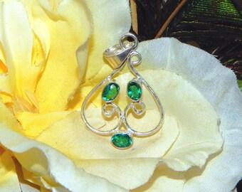 Scottish Sanguine Vampire inspired vessel - Handcrafted Emerald Quartz pendant necklace