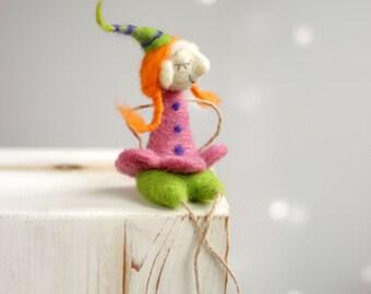 Needle Felted Santa's Elf - Dreamy Christmas Elf - Christmas Decoration - Needle Felted Art Doll - Christmas Ornaments - Christmas Decor