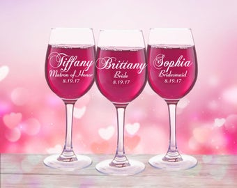 9 Personalized Wedding Party Favors, Wine Glasses, Custom Glasses, Engraved Glasses, Toasting Glasses, Bridesmaid Gift, Bridal Party Glass