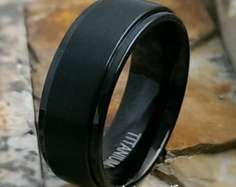 8mm Black Titanium Brushed Satin Center Step Down Sides Mens Womens Personalized Wedding Band ( FREE ENGRAVING ) AZ199