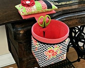 Sew In StyleThread Catcher with Detachable Pincushion-Scrap Bag-Scissor Holder from Curry Bungalow - Includes Flower Pins - Mothers Day Gift