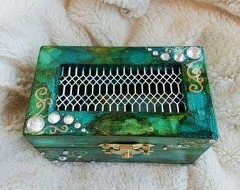 Sunken Treasure Crystal Keeper Box - trinket box, mermaid, altar, keepsake
