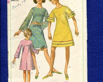 1960's Simplicity 6982 Retro Bell Sleeve A-Line Dress Pattern Size 12 Sub Teen UNCUT