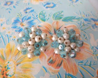 poised in turquoise | Vintage 50s Lucite Aqua Blue & Faux Pearl Cluster Clip on Earrings // Made in Japan