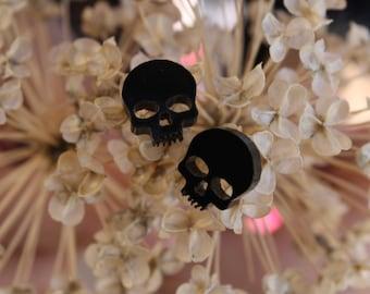 Tiny Black Skull Studs - Cultura Corazon