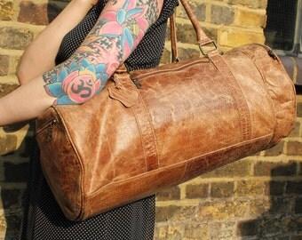 Donny Barrel Bag Tan distressed Leather