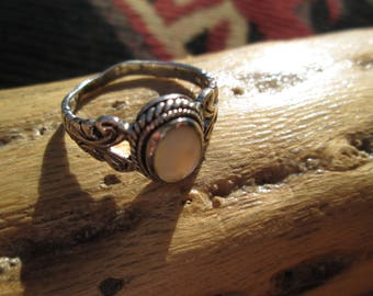 Vintage Ornate Mother of Pearl and Sterling Silver Ring Size 8