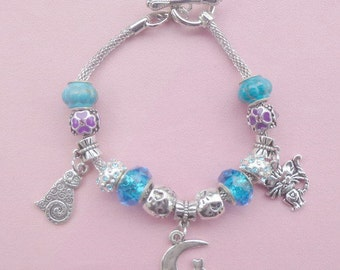 2-Cat on the Moon ~ Pand*ra Style Charm Bracelet Blue 1