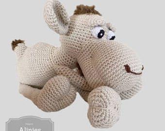 Camel crochet pattern amigurumi pdf tutorail in Dutch,French Deutsch and English US-terms