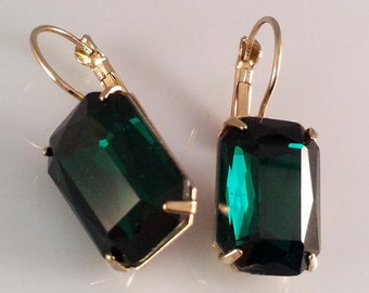 Emerald Earrings, Emerald Crystal Earrings, Art Deco Earrings, Dawn Santucci , Metal di Muse