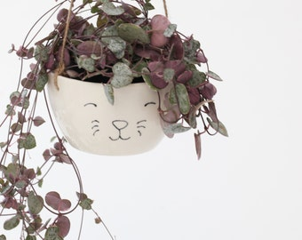 Hanging Planter with Cat Face /Ceramic Plant Pot /White Ceramic /Handmade Pottery /indoor planter /gift for cat lover /cute animal planter