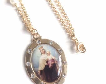 Our Lady of Mount Carmel Gold Medal Virgen del Carmen Religious Medals Virgin Mary Jewelry Catholic Medals Holy Mother pendant Catholic Gift