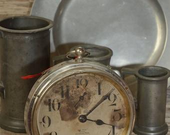 BIG BEN ALARM Clock: A Very Old (1914-1920) Big Ben Alarm Clock In Working Condition.