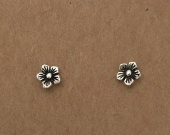 Sterling Silver Daisy Earrings, Stud Earrings, Flower Earrings, Silver Earrings, Flower, Silver,  Daisy, Minimalist, Studs, Sterling Silver