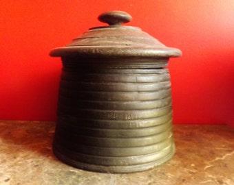 pot of yak butter, rural ancient art of Nepal, XIXth century