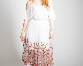 Boho floral embroidered skirt, bridesmaid skirt, hen party, bridal skirt, Wedding skirt, boho chic, festival chic, vintage skirt,white skirt