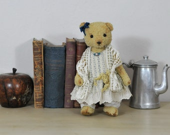 OOAK, Antique style Teddy Bear-Artist Teddy Bear-Traditional Teddy Bear Handmade Teddy Bear-Old Style Teddy Bear, beloved