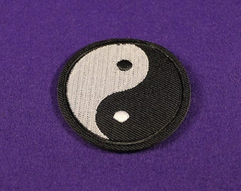 Yin yang patch / yinyang patch /  yoga patch / iron on patch / sew on patch
