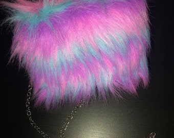 "Faux Fur Crossbody ""Sully"""