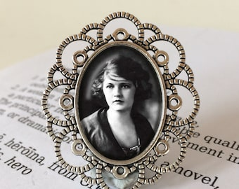 Zelda Fitzgerald Brooch - Zelda Fitzgerald Jewelry, Flapper Brooch, Jazz Age Jewelry, Flapper Gift, Zelda Gift, Zelda Fitzgerald Jewellery