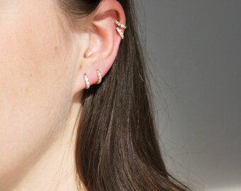 9ct gold - cubic zirconia - tiny hoop earring - tiny hoop - gold hoop earring - huggie - gold hoops - cartilage hoops -  gold hoops - I33745