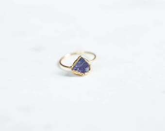 Raw Tanzanite Ring, Yellow Gold Delicate Stone Ring, Rough Gemstone Ring, Boho Ring, Raw Crystal Ring, December Birthstone, Boho Ring Stack
