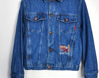 Vintage denim jacket, blue jeans jacket, mid to dark wash, embroidered, small size