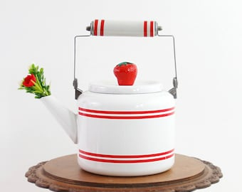 Vintage Enamel Tea Kettle / Red and White Enamel Teapot / Strawberry Tea Kettle / Vintage Enamel Kettle with Strawberry Handle