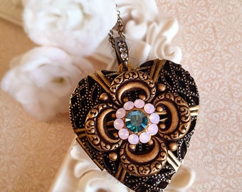 Heart Locket Necklace - Pink - Best Gifts for Mom - Victorian - GRACE Pink