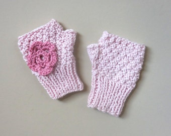 FINGERLESS MITTENS Girls Winter Mittens Soft Pink Hand Warmers Stretch Knit Vintage Retro Handmade 4 5 6 years Youth