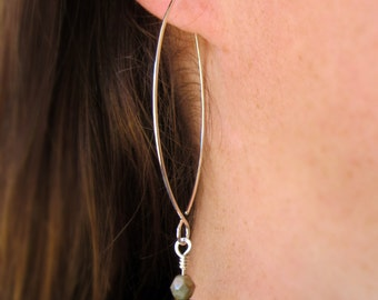 Threader Earrings / Sterling Silver Earrings / Green Czech Glass Beads / Modern Earrings / Big Open Hoops / Argentium Earrings / 105267