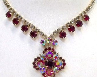 Red Rhinestone Necklace Dazzling Ruby Red Aurora Borealis Floral Rhinestone Choker Necklace Red Bridal Necklace High Quality DD 1173