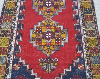 Vintage Oushak Rug / / 4 by 6 / Muted / Pastel / Red-Mustard-Blue / Boho / Low-Pile / Distressed Rug - 79 in x 45 in