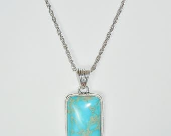 Silver Chain Necklace Featuring Turquoise Stone Pendant