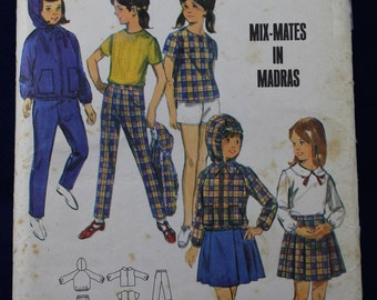 Sewing Pattern for a Girl's 1960's Set of Outfits in Age 8 - Butterick 4145
