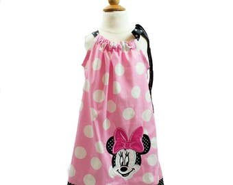 Girls Pillow case dress in a beautiful big polka dots  Minnie  applique, Birthday outfit, summer dress, cruise dress, pillow case dress,