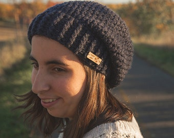 Slouchy hat with ribbed brim/Navy/Womens beanie Maya