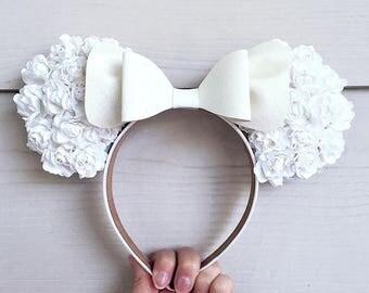 White on White Floral Ears / Bride Bridal Wedding Disney Disneyland Disneybound / Paper Rose Glitter Bow Headband / Minnie Mickey Mouse